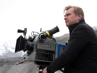 Nolan revela que forma un supergrupo con Tarantino, Anderson, Abrams y Snyder para defender el 70mm