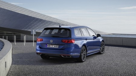 Volkswagen Passat Equipamientos 201954359 4