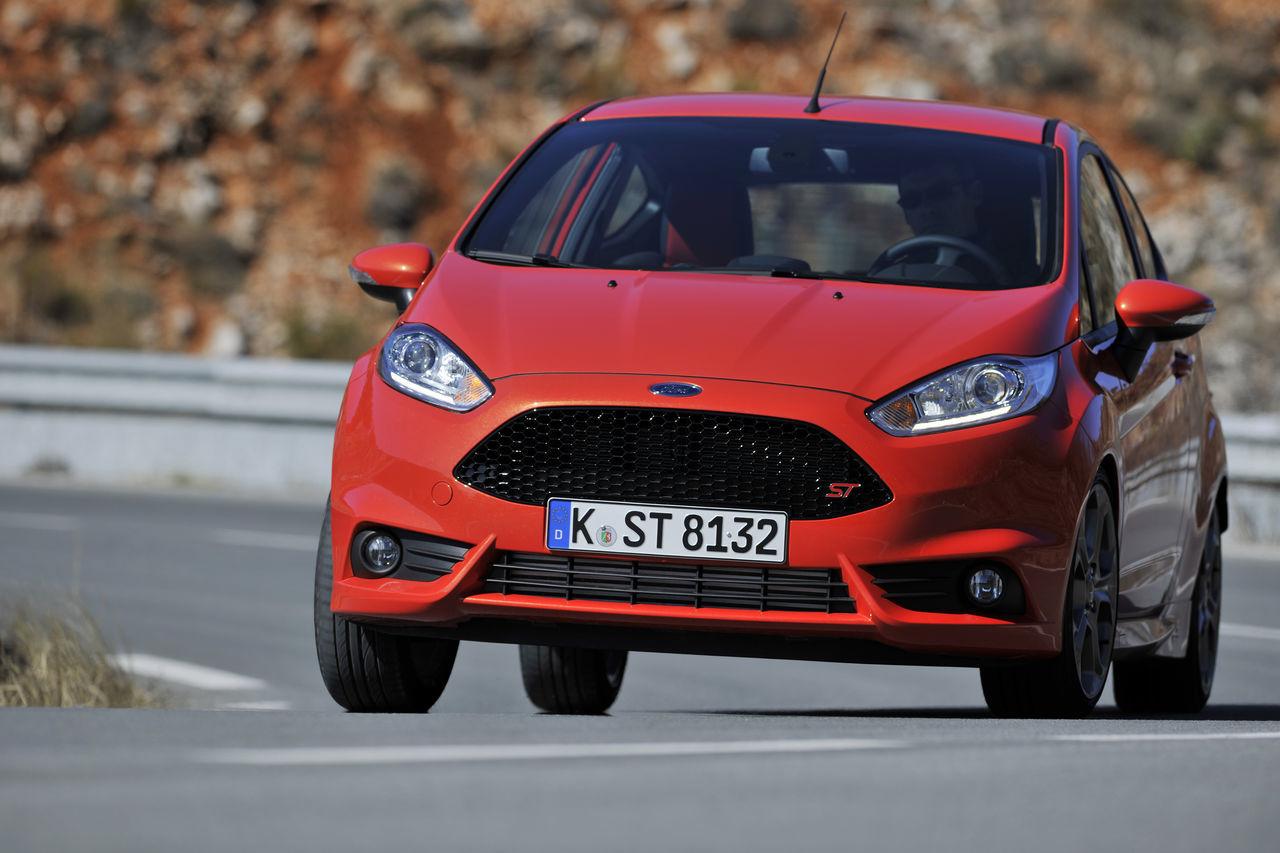 Foto de Ford Fiesta ST 2013 en Francia (33/50)