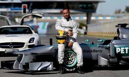 ¿El W04 es el auto o es que Mercedes AMG está escondiendo al verdadero?