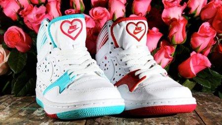 San Valentín: zapatillas Nike Court Force High