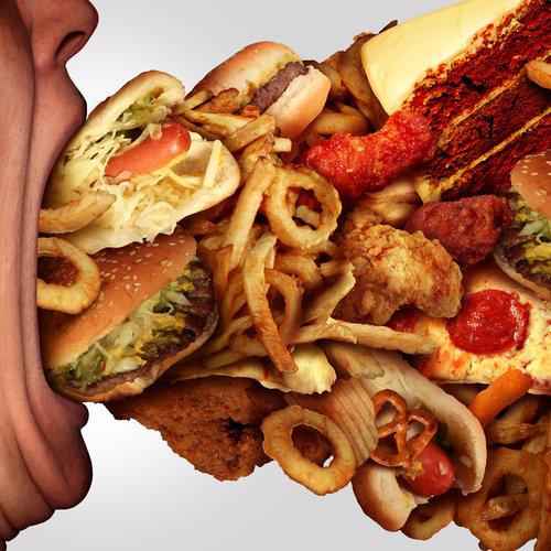 Cinco buenas razones para reducir la comida basura en este nuevo año
