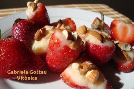 Fresas rellenas. Receta saludable