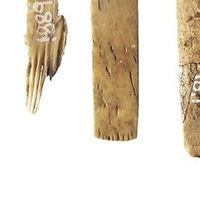 Se encuentran las herramientas para hacer tatuajes más antiguas del mundo