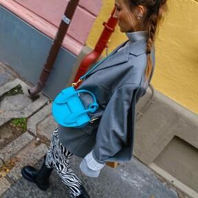 El estampado de cebra es el nuevo leopardo. Palabra del street style