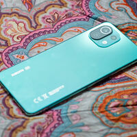 Xiaomi está trabajando en un smartphone capaz de cambiar el color de su trasera