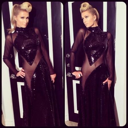 Paris Hilton vestido transparencias