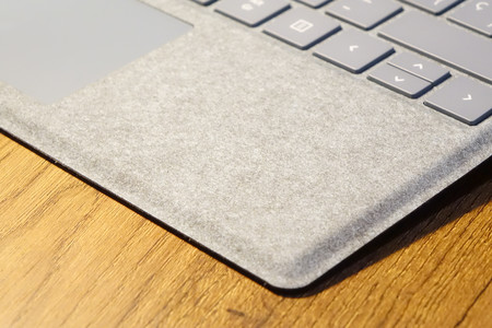 Surfacepro7alcantara