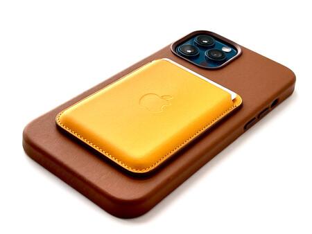 ¿Qué llegará antes: el iPhone con USB-C o el iPhone sin puertos? La Unión Europea prepara una legislación al respecto