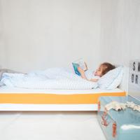 Amarillo y blanco, así es el nuevo colchón de eve Sleep para los más pequeños de la casa