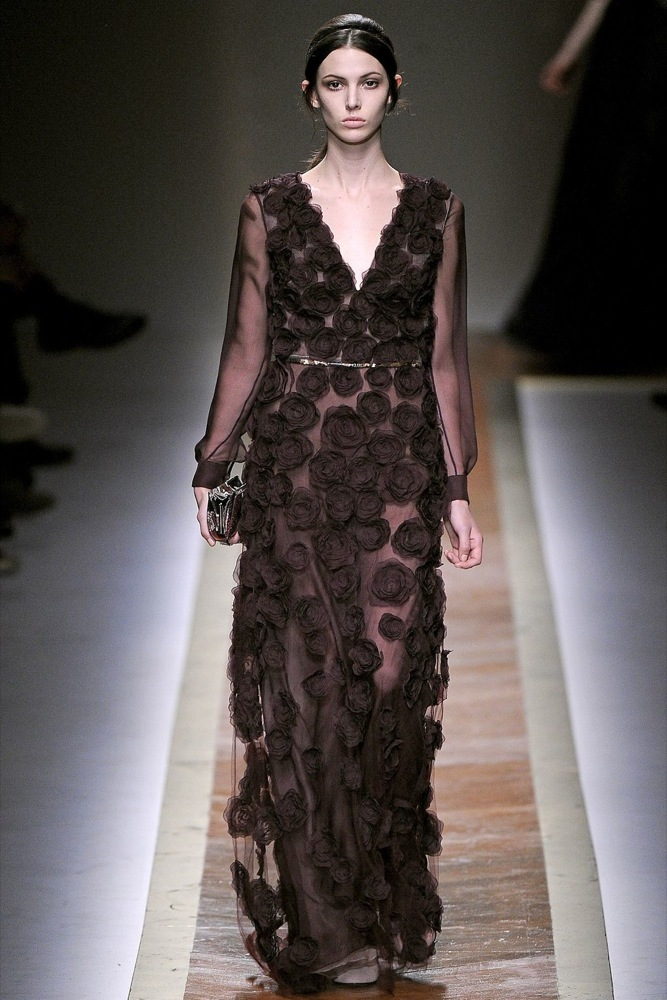 Foto de Valentino Otoño-Invierno 2011/2012 en la Semana de la Moda de París: la moda está triste (13/23)