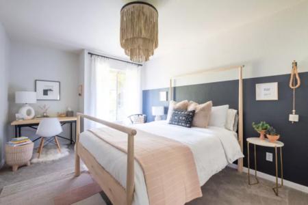 Antes y después: un dormitorio de invitados con zonas de trabajo y de descanso