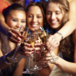 Recomiendan no beber alcohol a todas las mujeres en edad fértil que no usen anticonceptivos