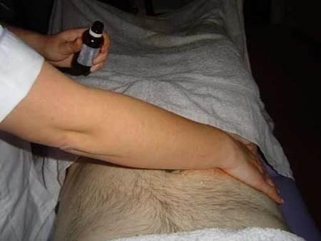 ¿Realmente los geles reductores del abdomen acaban con la grasa?