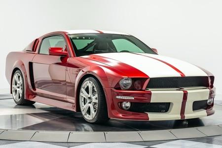 Esto pasa cuando eres fan de Lamborghini y del Mustang... tienes mucho dinero y tiempo libre