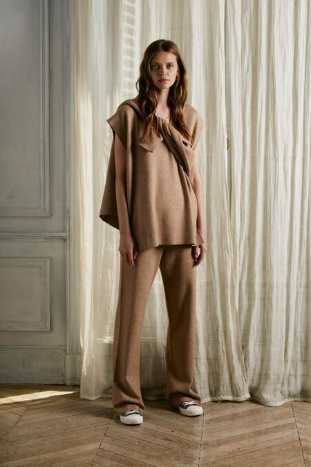 https://www.sfera.com/es/nueva-coleccion-mujer/pantalones/16d37a1/00155/