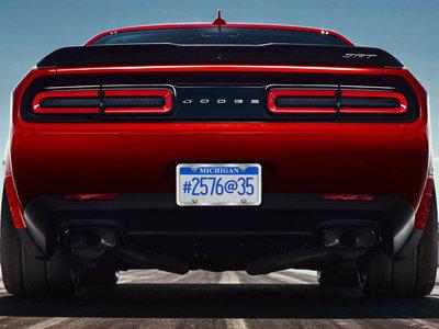 ¿Qué demonios significa 2576@35 en el Dodge Challenger SRT Demon? Seis teorías y todavía no tenemos ni idea