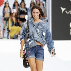 Foto 6 de 24 de la galería desigual-ha-sido-la-firma-encargada-de-inaugurar-la-primera-edicion-de-la-pasarela-mercedes-benz-fashion-week-ibiza en Trendencias