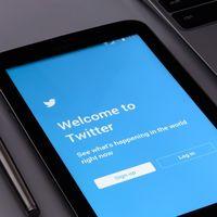 """Twitter arremete contra las """"amenazas legales"""" a la libertad de expresión y anuncia 1,2 M de cuentas suspendidas por terrorismo"""