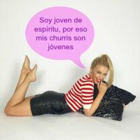 Cómo lo hará Kylie Minogue que lo suyo son los buenorros jóvenes: ronea con Joshua Sasse