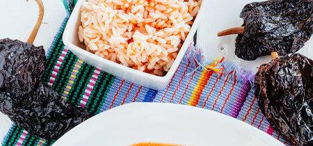Pastel de atún, chile ancho relleno de pollo y más en Directo al Paladar México