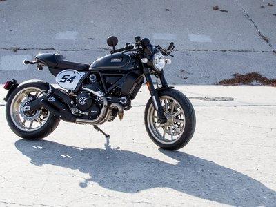 Ducati Scrambler Café Racer, por si aún no tenías una moto retro preferida