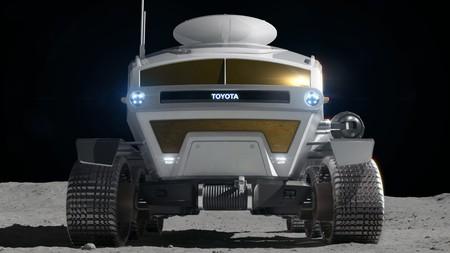 Rover Lunar Toyota 3