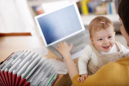 Blogs de papás y mamás: de guerras entre madres, dejar llorar al bebé y más