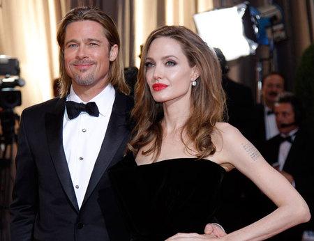 ¿Qué hicieron Brad Pitt y Angelina Jolie en Navidad? Pues lo normal, casarse y eso