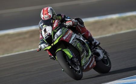 La Ducati de Marco Melandri regala inesperadamente la primera victoria de Jerez a Jonathan Rea