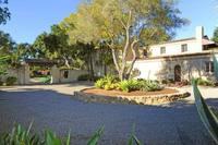 Una mansión en Santa Bárbara de estilo español