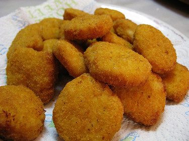 Cenas irresistibles para los niños: nuggets de pollo caseros