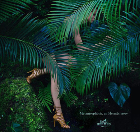 Clonados y pillados: El fusilamiento de unas sandalias de Hermès, por Zara