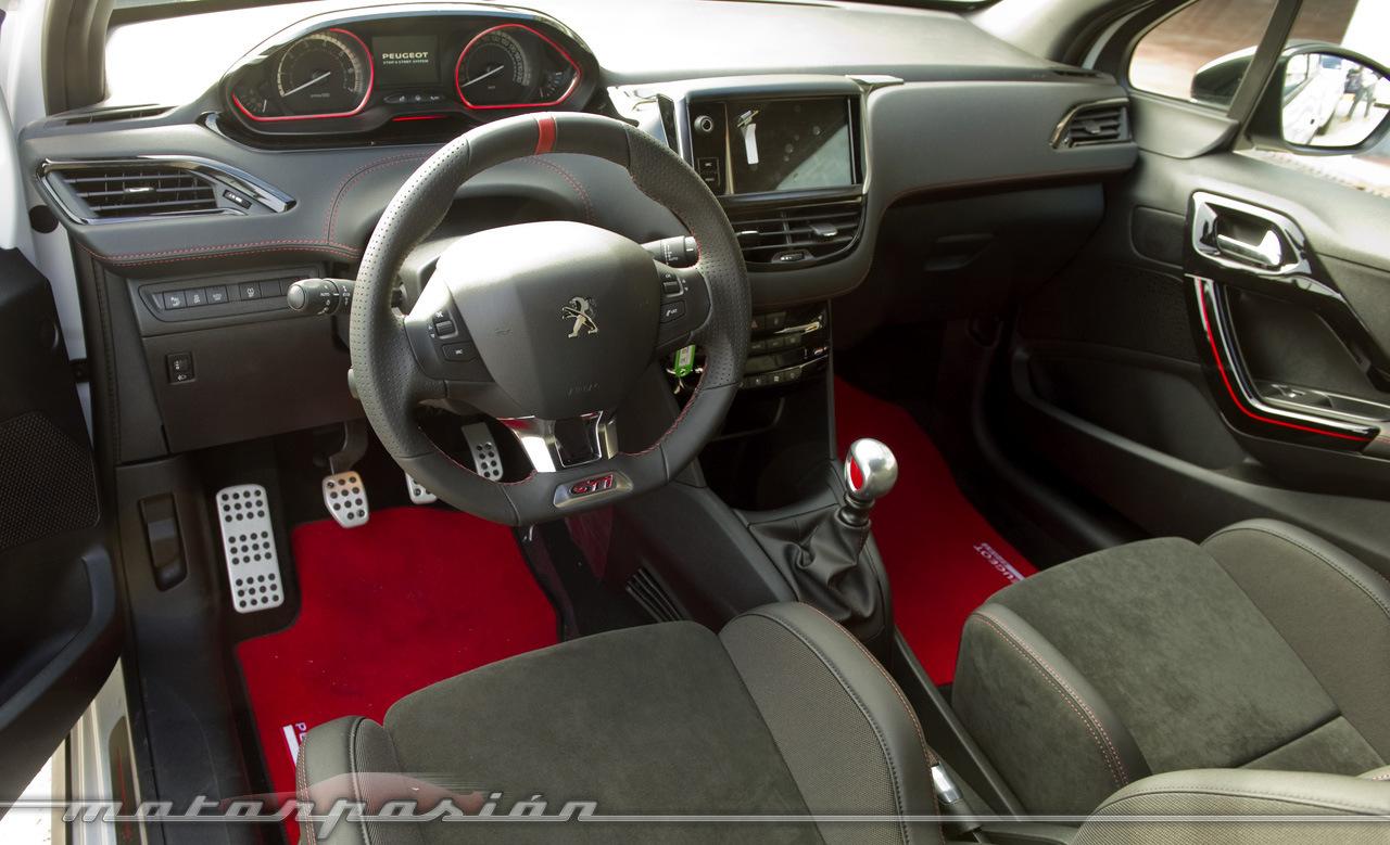 Foto de Peugeot 208 GTi 30th, toma de contacto (16/23)
