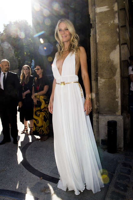 Gwyneth Paltrow front row valentino