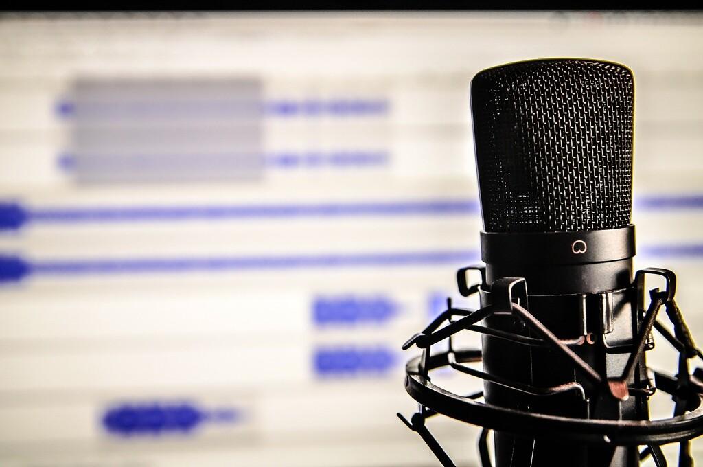 Esta web extrae la parte vocal y la instrumental de cualquier canción gracias a la inteligencia artificial