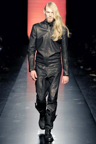 Foto de Jean Paul Gaultier Otoño-Invierno 2011/2012 en la Semana de la Moda de Paris (28/40)