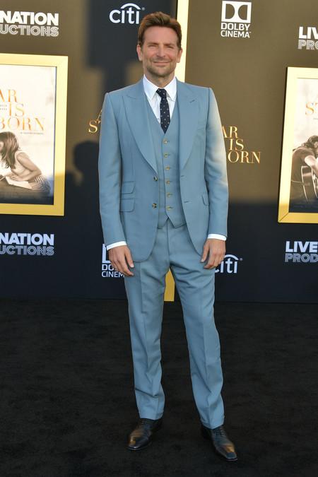 Bradley Cooper Vuelve A Vestir A Una De Sus Disenadoras Favoritas Para La Premire De A Star Is Born 3