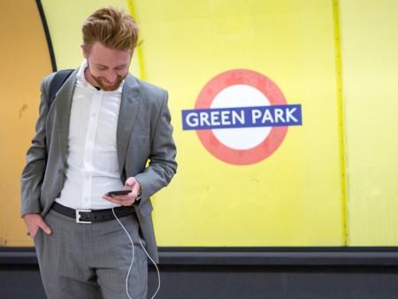 ION BELT, recarga tu iPhone, tu iPad o tu iPod con este cinturón con batería integrada