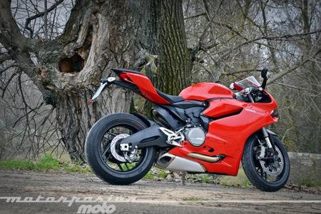 Ducati_899_panigale