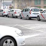 El conflicto del taxi se recrudece y se extiende por todo el país: huelga indefinida y más colapsos
