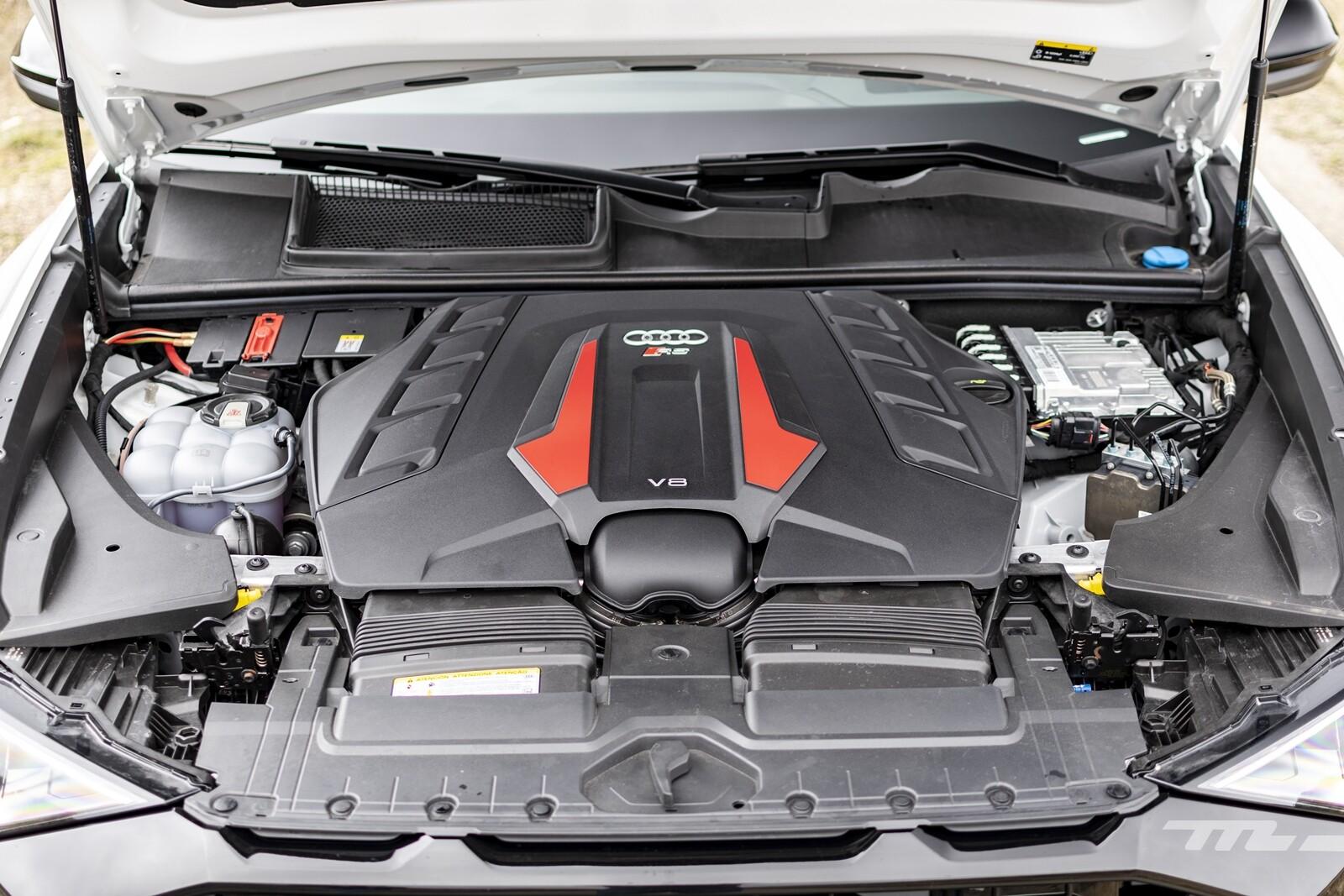 Foto de Audi RS Q8 2020, prueba (35/40)