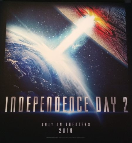 'Independence Day 2', primer póster (y nuevas imágenes de 'Batman v Superman', 'Suicide Squad' y 'The BFG')
