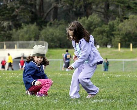 Niños que pasan más tiempo al aire libre, menos riesgo de miopía