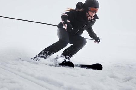 Oysho Gymwear Ski Editorial 2