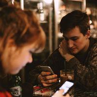 Cómo Tinder ha cambiado el mundo de salir a ligar por la noche