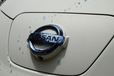 nissan_leaf_ultra_ever_dry-2.jpg