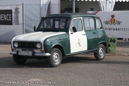 Exposición de vehículos de la Guardia Civil en Salamanca