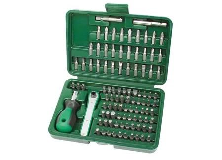 Por sólo 7,42 euros en Amazon tenemos el  juego de puntas de destornillador de 99 piezas Mannesmann M29899