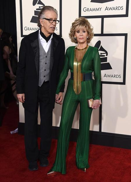 Parejas Grammy 2015 Richard Perry Jane Fonda